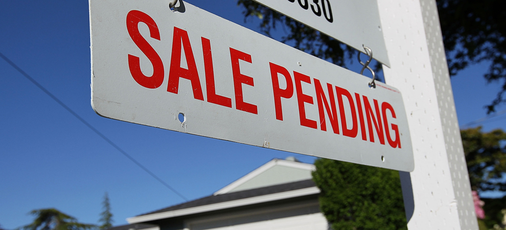 U.S. Home Sales Fall, USD Posts Solid Gains