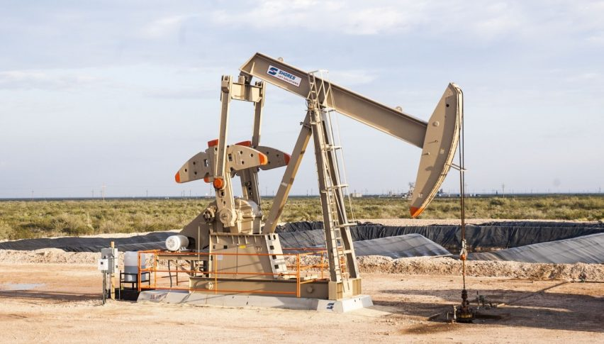 Brent crude rises to $61 on Libyan supply cut, United States inventories