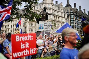 No-deal Brexit hurts Irish consumer sentiment