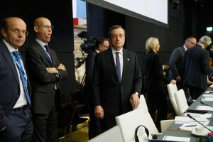 Will Draghi leave a welcome gift to Lagarde before he leaves?
