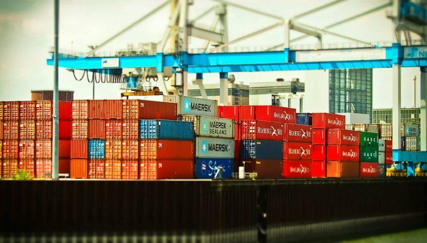 US Trade Deficit Declines in November, Trade War in Focus