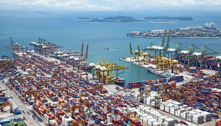 China's Exports, Imports Slumped in Jan-Feb 2020 Due to Coronavirus: Reuters Poll