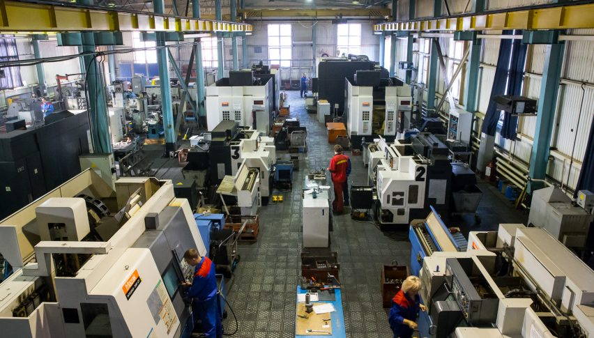 Japan's Manufacturing Sector in Contraction, Sentiment Worsens