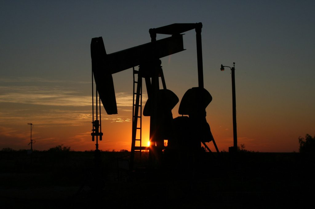 Will the OPEC+ Agree to Oil Production Cuts? - Forex News by FX Leaders