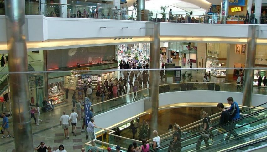 Australia's Retail Sales Dive Sharply in April as Country Shuts Down