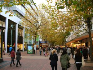 UK's Retail Sector Eagerly Awaits Reopening, Lays Hopes on Pent-up Demand