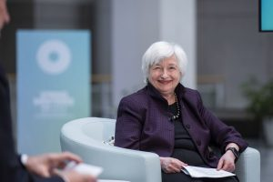 US Treasury Secretary Yellen Joins Fed Officials to Play Down Inflation Concerns
