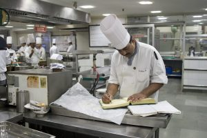 India's Services Activity Drops to Three-Month Low Amid Second Wave