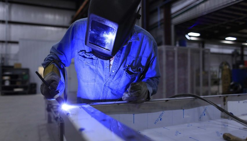 British Manufacturing Sector to Grow at Faster Rate Than Economy in 2021